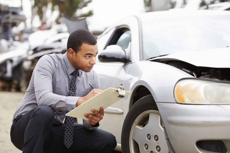 How Does an Insurance Adjuster Evaluate My Car's Value?